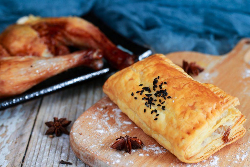 Description: Puff Pastry có thể ứng dụng để làm nhiều loại bánh khác nhau